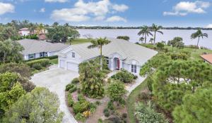 4 Carnoustie Circle, West Palm Beach, FL 33401