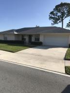 9510 SE Little Club Drive Way N, Tequesta, FL 33469