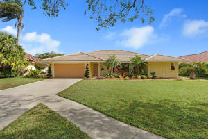 18444 Lost Lake Way, Jupiter, FL 33458