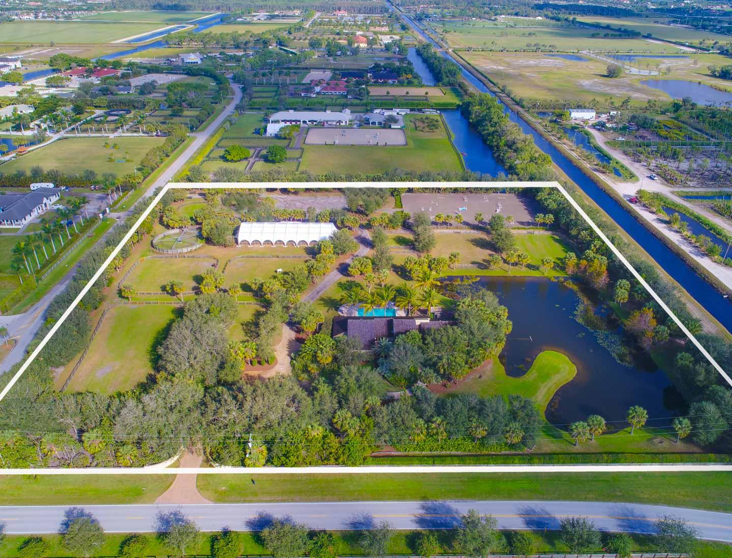Wellington- Florida 33414, 4 Bedrooms Bedrooms, ,3 BathroomsBathrooms,Residential,For Sale,Stables,RX-10396680