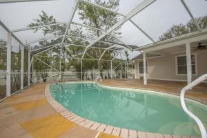 2020 SW Kimberly Avenue, Port Saint Lucie, FL 34953