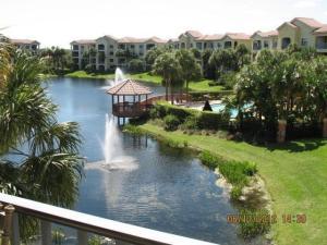 100 Uno Lago Dr, 203, North Palm Beach, FL 33408