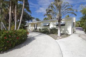 129 Summa Street, West Palm Beach, FL 33405