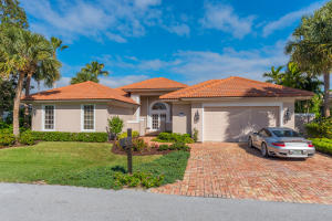 8791 SE Water Oak Place, Tequesta, FL 33469