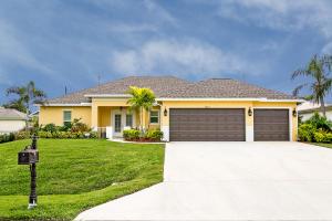 2802 SE Pace Drive, Port Saint Lucie, FL 34984