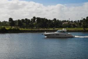 530 Oyster Road, North Palm Beach, FL 33408