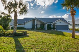 6960 SW Gaines Avenue, Stuart, FL 34997