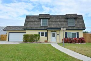 261 SE Villas, Stuart, FL 34994