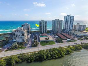 5460 N Ocean Drive, 9-D, Riviera Beach, FL 33404
