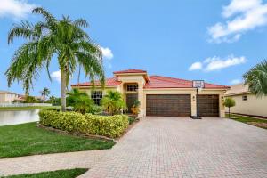 227 Bella Vista Way, Royal Palm Beach, FL 33411