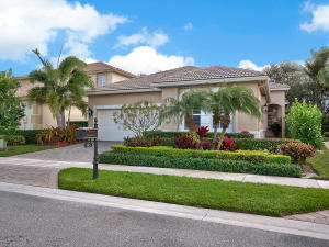 195 Via Condado Way, Palm Beach Gardens, FL 33418