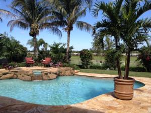 Amazing Entertaining Pool overlooking golf course