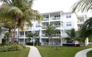 911 Bay Colony Drive, Juno Beach, FL 33408