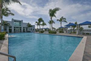300 S Australian Avenue, 219, West Palm Beach, FL 33401