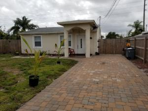 2798 Alabama Street, West Palm Beach, FL 33406