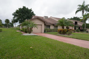 6700 Versailles Court, Lake Worth, FL 33467