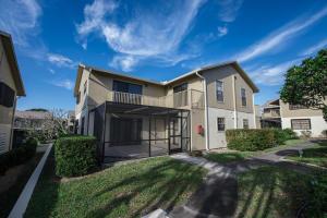 7405 SE Jamestown Terrace, Bldg 17, Hobe Sound, FL 33455
