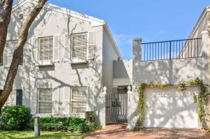 5889 Catesby Street, Boca Raton, FL 33433