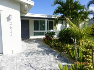 2624 SW 5th Street, Boynton Beach, FL 33435
