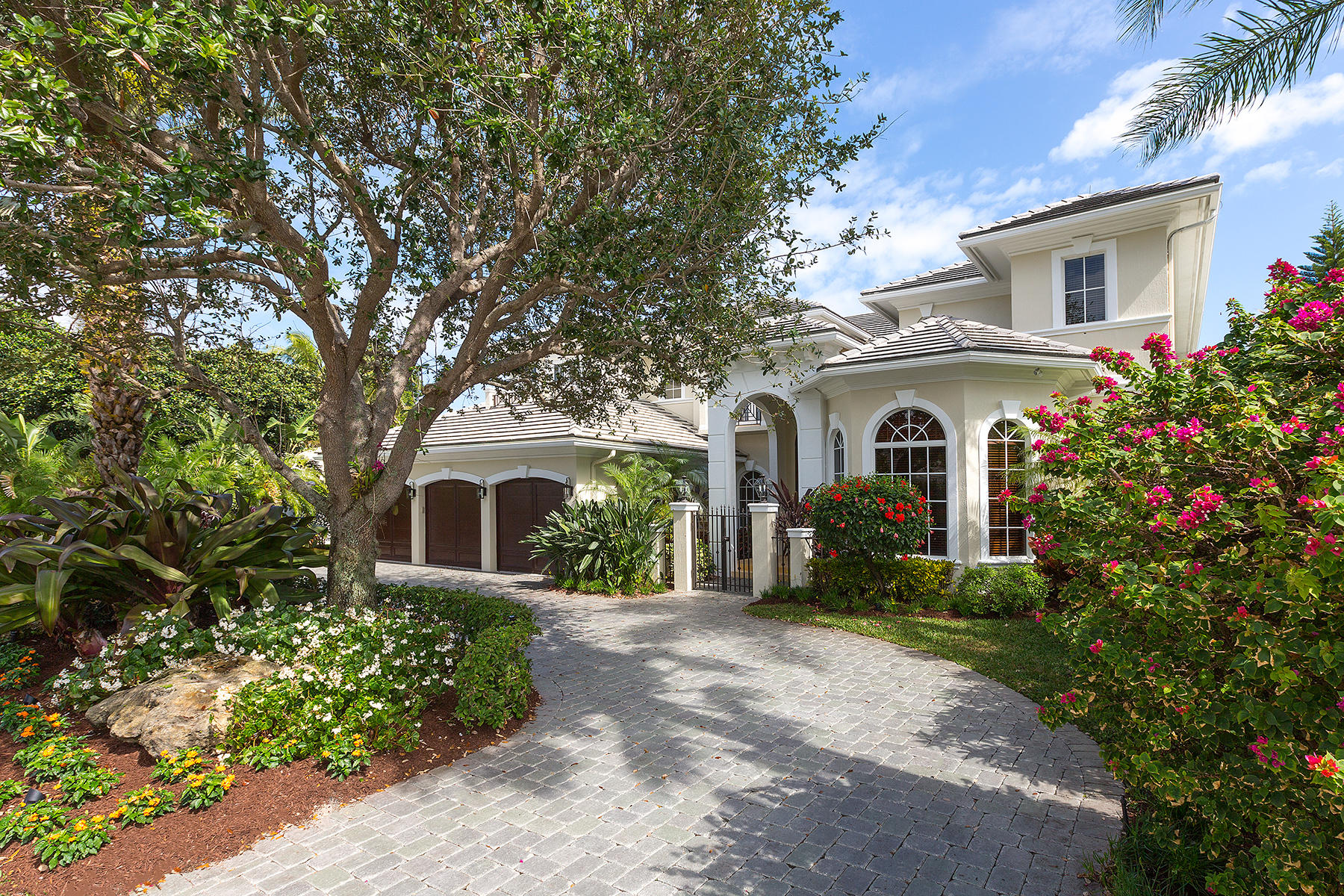 2296  date Palm Road