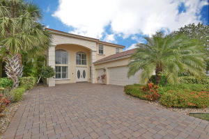 107 Casa Grande Court, Palm Beach Gardens, FL 33418