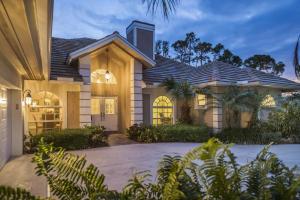 18165 Laurel Leaf Lane, Tequesta, FL 33469