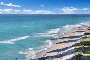 5420 N Ocean Drive, 1204, Singer Island, FL 33404