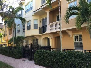2417 San Pietro Circle, Palm Beach Gardens, FL 33410