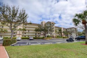 2105 Lavers Circle, 402, Delray Beach, FL 33444