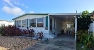 8277 SE Swan Avenue, Hobe Sound, FL 33455