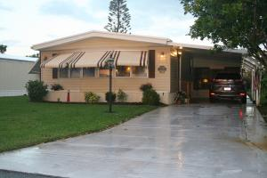 7867 SE Swan Avenue, Hobe Sound, FL 33455