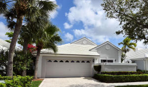 21 Selby Lane, Palm Beach Gardens, FL 33418