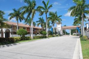 4156 Napoli Lake Drive, Palm Beach Gardens, FL 33410