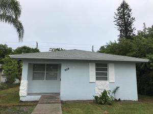 909 SE 4th Avenue, Delray Beach, FL 33483