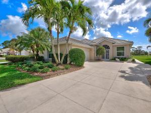543 SW Hampton Court, Port Saint Lucie, FL 34986