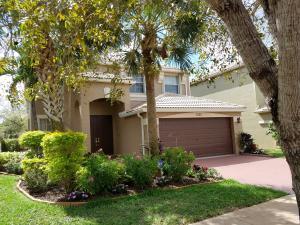 1535 Running Oak Lane, Royal Palm Beach, FL 33411