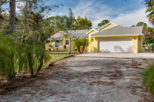 16417 68th Street N, Loxahatchee, FL 33470