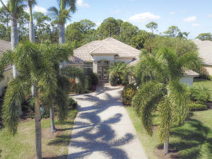 8111 Links Way, Port Saint Lucie, FL 34986