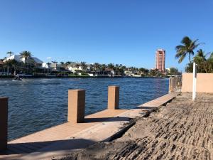1141 Spanish River Road, Boca Raton, FL 33432