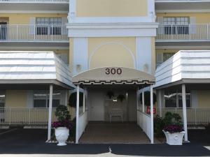 300 John F Kennedy Drive, 105, Atlantis, FL 33462