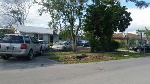141 Broward Street, Greenacres, FL 33463
