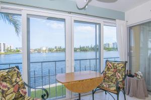 711 NE Harbour Terrace, 4040, Boca Raton, FL 33431