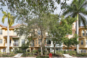 11758 Valencia Gardens Ave, Palm Beach Gardens, FL 33410