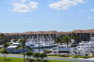 601 Seafarer Circle, Jupiter, FL 33477