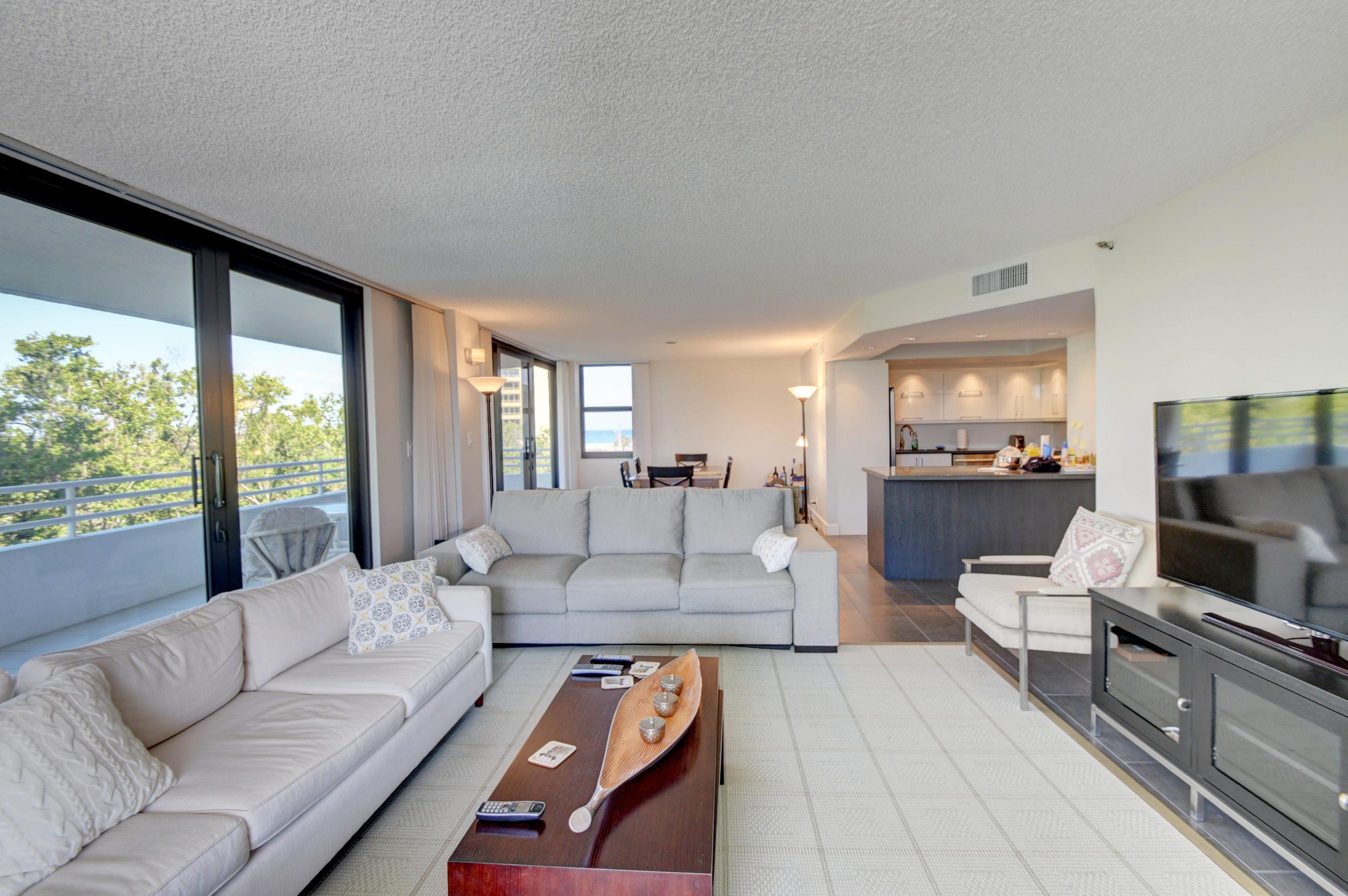 3450 Ocean Boulevard, Highland Beach, Florida 33487, 3 Bedrooms Bedrooms, ,2 BathroomsBathrooms,Condo/Coop,For Sale,Ocean,4,RX-10408713