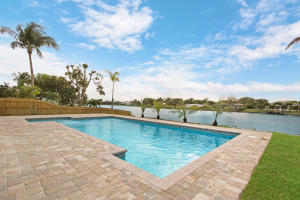 7003 Pine Tree Lane, Lake Clarke Shores, FL 33406