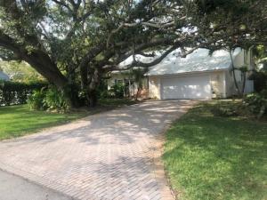 9353 SE Cove Point Street, Tequesta, FL 33469