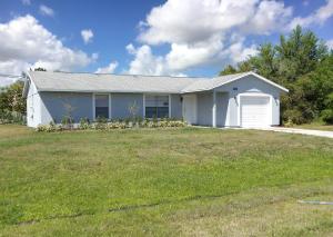 118 NW Heather Street, Port Saint Lucie, FL 34983