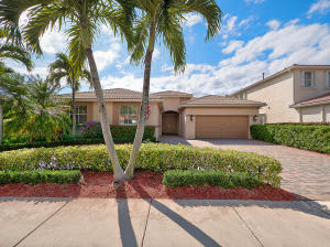 107 La Vida Court, Palm Beach Gardens, FL 33418