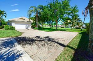 221 Danube Way, Palm Beach Gardens, FL 33410